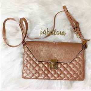 Handbags - Rose gold quilted crossbody clutch wristlet NEW